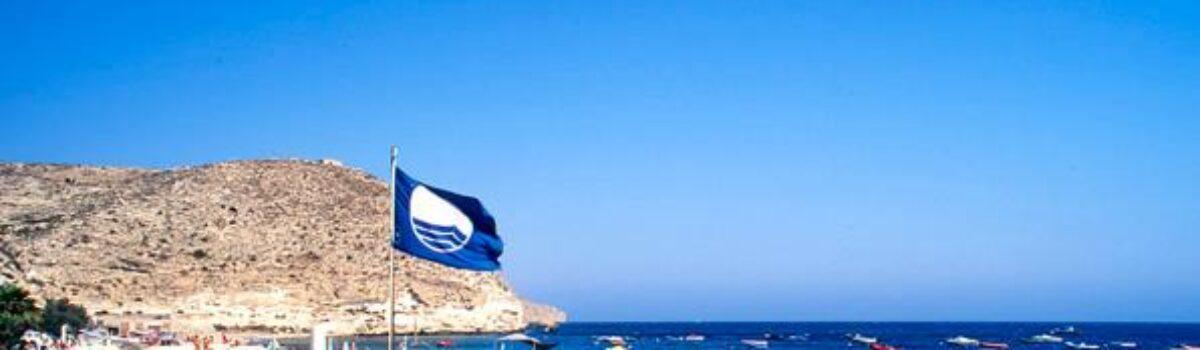 Banderas azules en playas de Almería