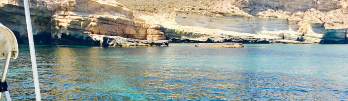 Rutas en barco por la costa de Almería, incluido Cabo de Gata